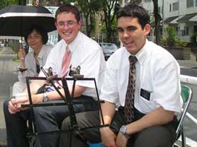 managers. 我が家にやってくるモルモン教宣教師4代目と5代目 MrラドロとMrドクシー(